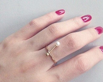 ON SALE Pearl & gold ball stacking thin ring
