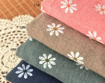 Polyester Cotton Blend fabric, Flower Diamond lattice Patern Patern, Thin Cotton Fabric 1/2 yard  (QT1307)