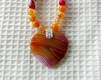 19 Inch Yellow, Orange, and Red Striped Agate Heart Beaded Necklace with Earrings