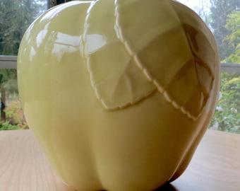 Vintage Mid-Century Hull Green Apple Ceramic Cookie Jar ~ Mint!