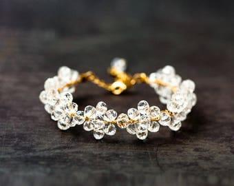694 White transparent crystal bracelet, Crystal gold jewelry, Gentle bracelet, Clear crystals bracelet, Gold bracelet, Wedding accessory