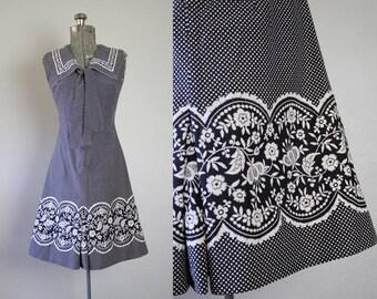 1960's Black and White Cotton Mini Dress / Size Small