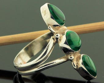 Green Malachite Ring // 925 Sterling Silver // Ring Size 7.5 // Handmade Jewelry