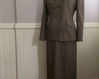 Women's Vintage Clothing / Late 1940's-Early 1950's 2pc Tailor Made Suit / Brown Wool Tweed  Ladies Suit