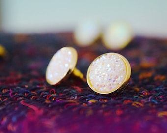 Druzy studs / druzy earrings / galaxy earrings / crystal boho studs