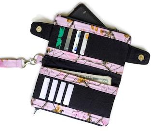 Pink Camo Wallet - Wristlet Wallet - Camo Wallet - Light Pink Camouflage Wallet Purse - Cute Wallet - cute wristlet