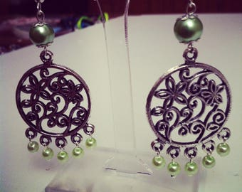 Oriental style beads with light green earrings