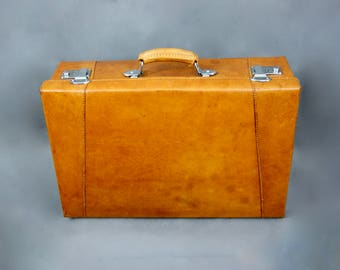 Vintage 1940s Tan Brown Leather Travel Luggage Suitcase Steamer Trunk Case