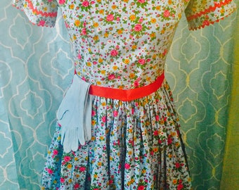 Vintage Rockabilly calico full skirted dress small