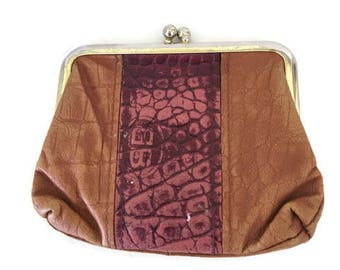 Buxton Coin Purse Lady Buxton Cowhide Leather Two Tone KIss Clasp Boho Style Change Purse