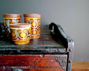 Hornsea Ceramic 1973, Bronte Design, Salt, Pepper and Condiment Set, Teak Tray - Tan, Grey Hornsea Ceramic Table Set, Teak Tray and Lids