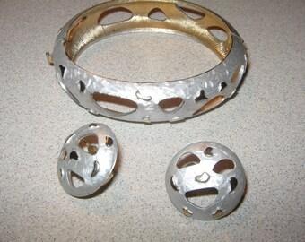 Signed Kramer Earrings and Bracelet Vintage Costume Jewelry #3284