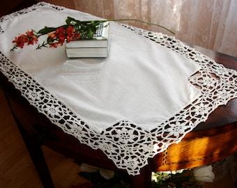 "French Linen Runner with Hand Crocheted Lace Edging, Vintage runner, 1940s, Table runner, Dresser scarf, Table linens, 29x17"" , wedding,"