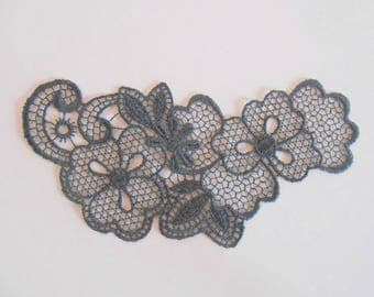 Dark grey lace 11 x 5.5 cm