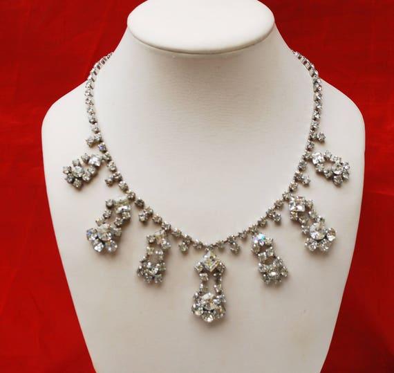 Rhinestone Bib Necklace - clear rhinestone crystals - Silvertone metal Statement necklace - Mid Century - Wedding  Prom