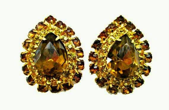 Brown yellow Rhinstone Earrings - Pear shape topaz crystal -  gold - clip on earrings