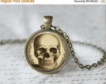 SUMMER SALE Skull Necklace - Skull Jewelry - Day of the Dead - Halloween Necklace L32