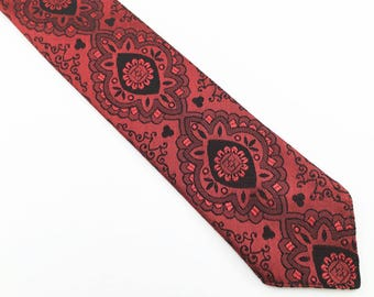 1950s Red & Black Sharkskin Skinny Tie Narrow Mad Men Era Mid Century Modern Shiny Red Men's Vintage Necktie Marke Elegant by TREVIRA