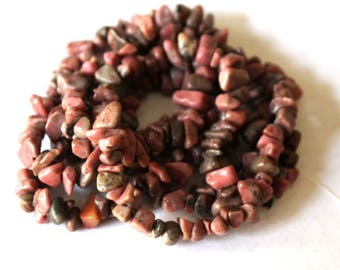 Rhodonite Gemstone Chip Beads