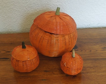 Vintage Wicker Pumpkin Baskets Lot of 3 Lidded Halloween Fall Decor
