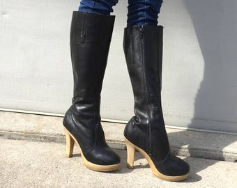1970s Sbicca black leather platform boots  - size 6 -  1970s platform boots - 1970s Sbicca boots - 1970s black leather boots - 70s platforms