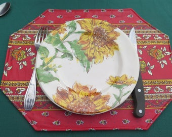 Placemat.Stain and water proof.Perfect hostess gift.Cotton coated.Oilcloth.Fabric from Provence, France. Little flowers in red