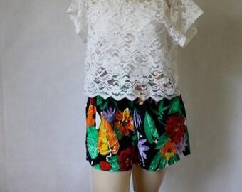 Sale Lace Crop Top / Vintage Crop Top / 1990's Blouse / Ivory Lace Blouse / Festival Crop Top / Sheer Lace Blouse M/L