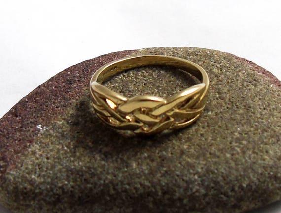 Vintage Gold Celtic Knot Ring Celtic Ring 9ct Ring Irish