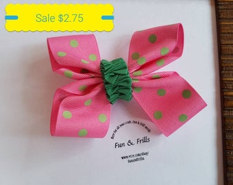 Sale: Pink polka dot hair bow