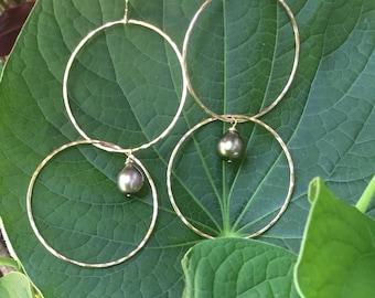 Genuine tahitian pearl earrings