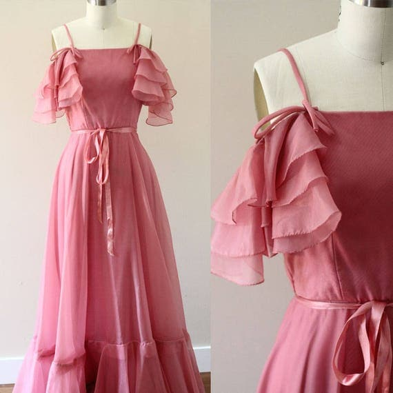 1970s Off the Shoulder Dress // 1970s soft pink dress // vintage dress