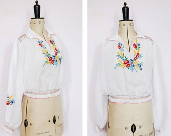 Vintage 1940s 50s 30s embroidered Hungarian blouse - 40s Peasant blouse - Hungarian top - Peasant top - Folk blouse - Gypsy blouse - Boho