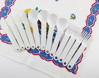 Tupperware Flatware - Four Sets - Kids - Picnics - Off-white Tupperware Plastic  - Knife, Fork, Soup - Modernist