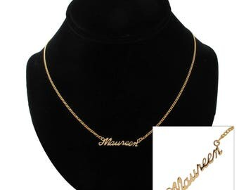 """Script Name Maureen Charm Pendant Gold Tone Necklace 16"""" Vintage 70s"""