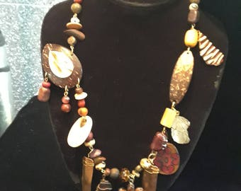 EXOTIC TRIBAL NECKLACE