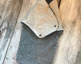 Small cocoon, Sleeping bag, sleep bag, swaddling blanket, Newborn (0-3 months) dark navy linen and beige chevron, soft grey interior