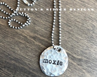 Moxie | Hammered Disc Necklace