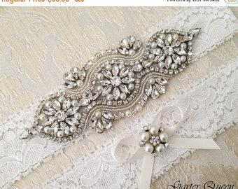 SUMMER SALE Wedding Garter Set, Bridal garter Set, Rhinestone Garter, Lace Wedding Garter, Crystal Garter, Ivory Lace Garter Set
