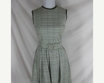 On sale 1950s 1960s Green Plaid Cotton Full Skirt Vintage Party Dress W 26