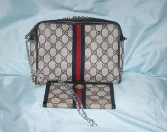 Summer sale see shop for codes Vintage Gucci Cross body / Clutch / Cosmetic bag Free long Wallet included