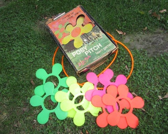 1970s Posy Pitch Lawn Game by the Maker of Lawn Darts. Safe Family Fun. Mod Flowers. Ring Toss.