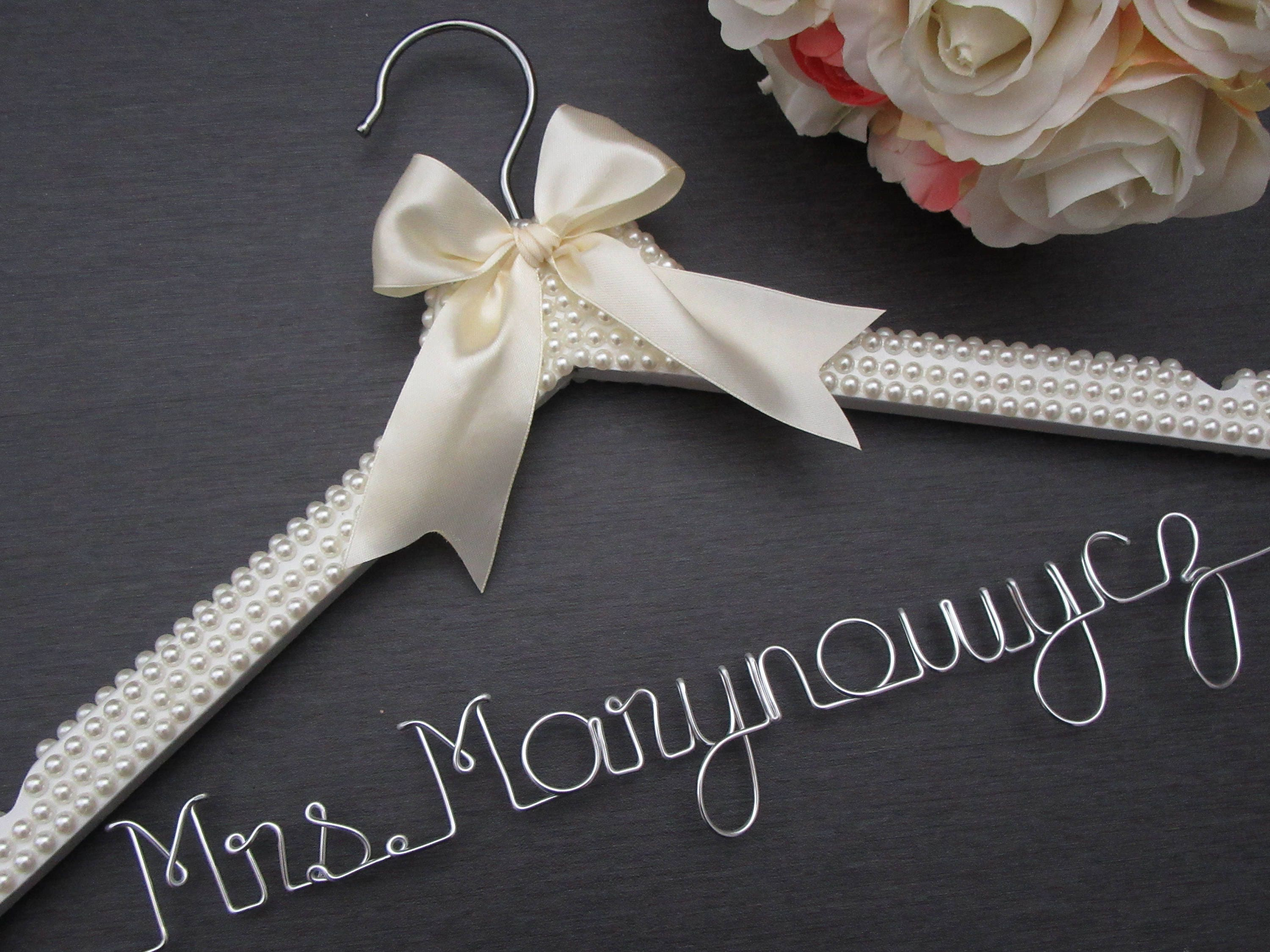 Personalized wedding dress hanger pearl wedding dress hanger for Personalized wedding dress hangers