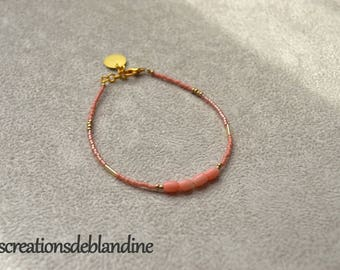 Fine bracelet with Japanese Miyuki and pearls in coral