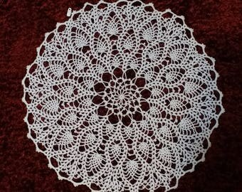 """Handcrafted Pineapple Doily 22"""""""