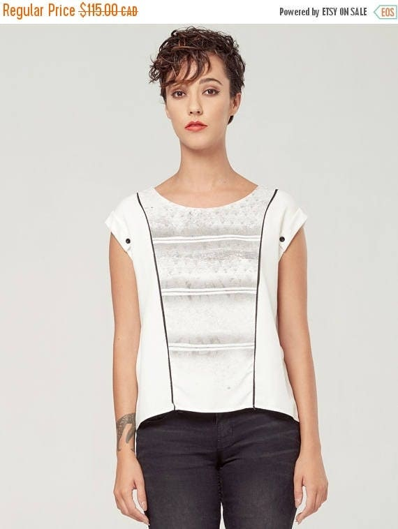 PROMO PERSEÏDE - top with sleeves rolled up, t-shirt for women - white with deconstructed silkscreen like edgy, grunge