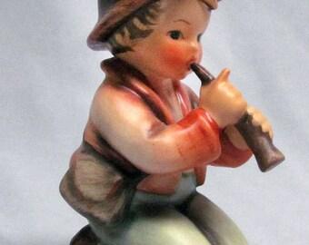 """Vintage Hummel Figurine """"Little Tooter"""" 214/H TMK 4 - EC!"""