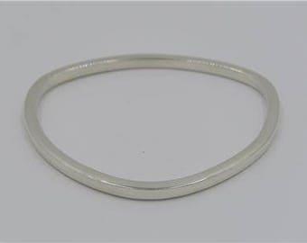 925 Sterling Silver Modernist Triangle Bangle Bracelet 3.5mm