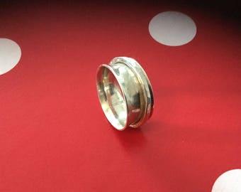 "Ring ""Doe"" No. 2 sardine collection"