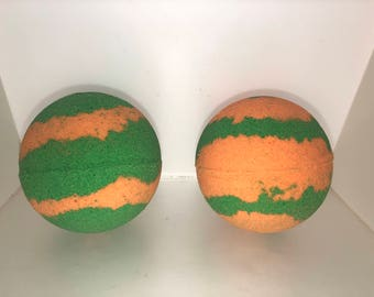 Rainbow sherbet sherbert bath, Large 2 1/2 inch green and orange colored bath bomb, sweet scent, lightly scented , big bubbly bath bomb, big