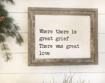 Farmhouse Great Love Sign
